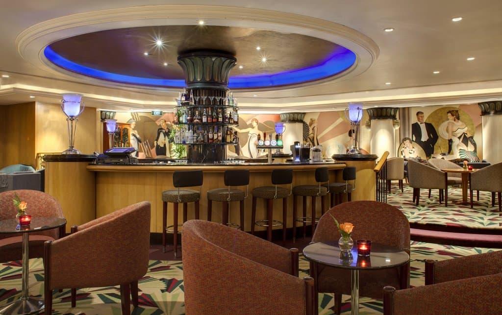 Intermezzo Bar, Orchard Hotel